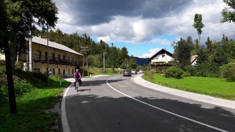 S kolesom na poti 1. del